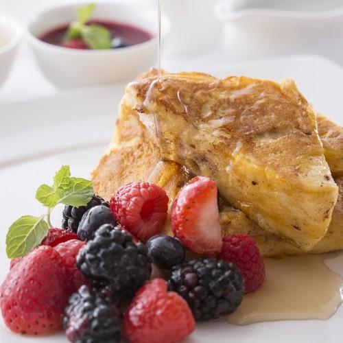 朝食で人気のフレンチトースト