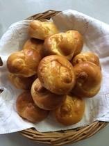 朝食は手作りのパンを!