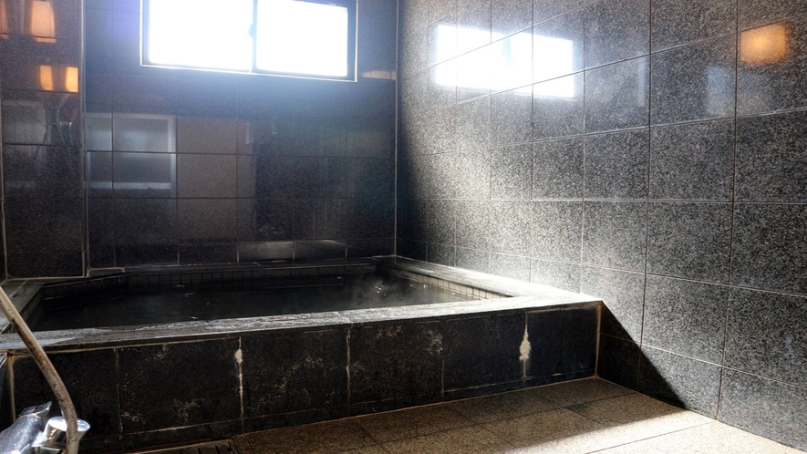 *【大浴場/男女入れ替え制】大浴場で旅や仕事の疲れを癒してください。