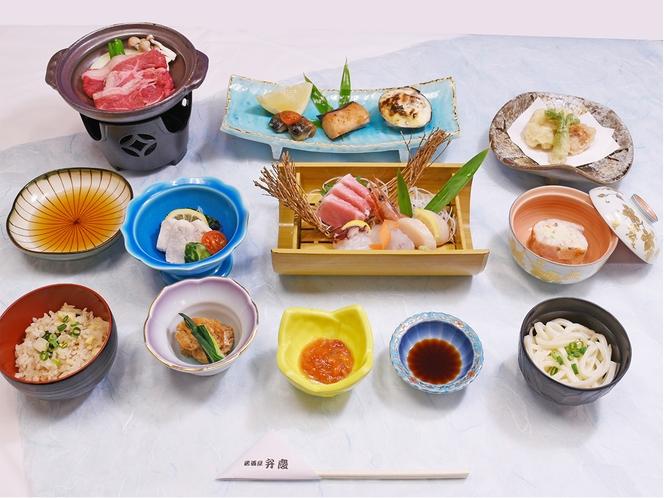 夕食◆豪華刺盛(本まぐろ付)・熟成牛の陶板焼付ご宿泊プラン