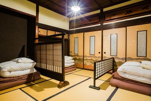 【8畳和室】古民家和室  布団 禁煙 トイレ・バス共同