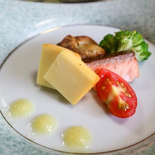 *【夕食一例】自慢の自家製燻製