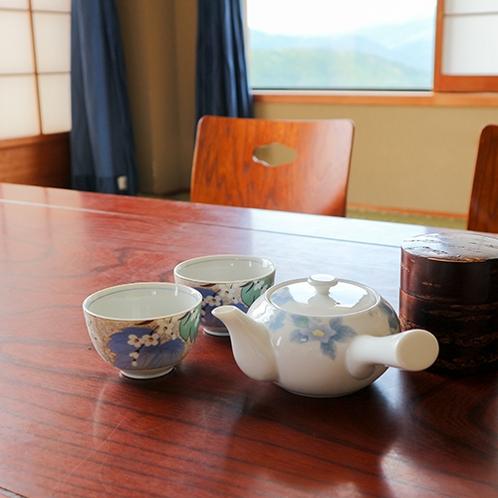 *【お部屋】お茶でほっとひとやすみ~