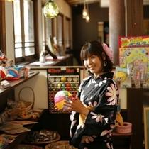 町屋かふぇでは、かわいいおもちゃや駄菓子売ってます♪