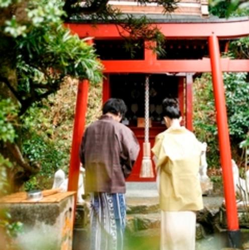 稲荷神社男女