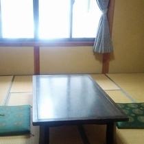 【お部屋】和室8畳は4名様までご宿泊可能です♪