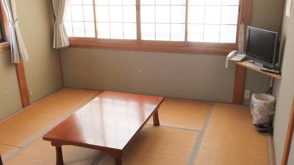 【禁煙】海側和室(バストイレ共同)