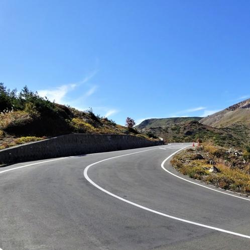 磐梯吾妻スカイライン】紅葉シーズンはお勧めです。10月上旬から中旬が例年の見ごろです。