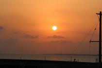 伊良部島と夕陽