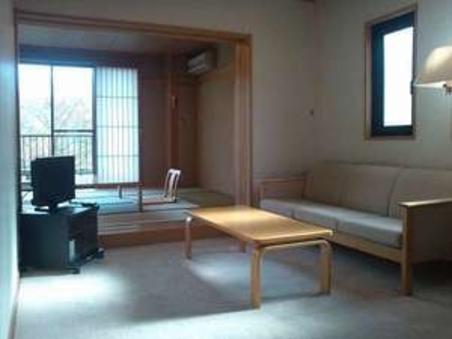 マウンテンビュー限定2室 和室10畳+リビング付