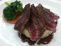 アルプス牛ステーキ ご一例