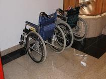 【館内バリアフリー案内】車椅子の貸し出しOK!