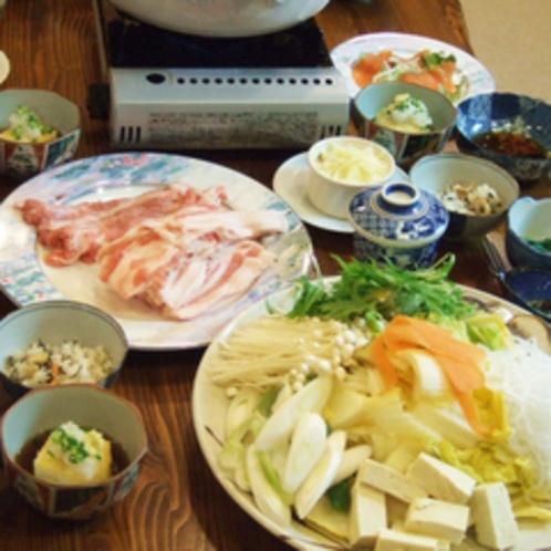 *【夕食一例】素材本来の味を大切にしています。