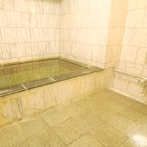 当館のお風呂。旅の疲れをゆっくり癒してください