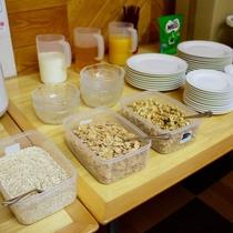 朝食バイキング:シリアル