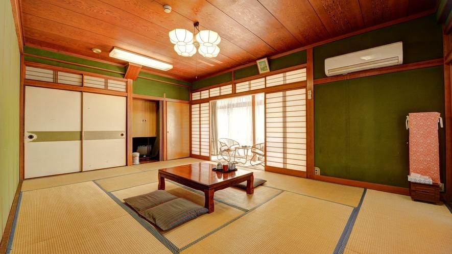 *客室例(3~6名様用)☆純和風のお部屋で、のんびりとお寛ぎ下さい♪
