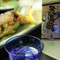 夕食_地酒と川魚の塩焼き