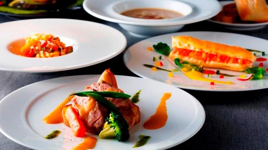 レストラン「Tura」のお食事例 コースメニュー