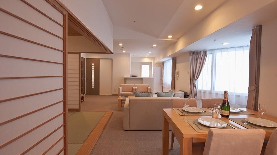 プレミアムスイート・Tatami リビング(左側和室)