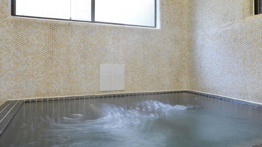 *【風呂一例】とろりとしたお湯は、まるで化粧水に使っているかのような滑らかな肌触り!