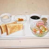ボリュームがあって栄養満点の朝食♪