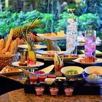 ◇70種類のメニューが並ぶ朝食