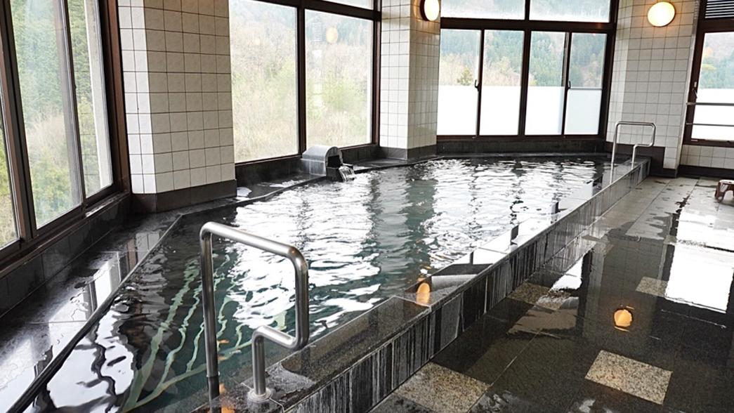 【アルカリ温泉展望浴場】日帰り入浴は12:00〜20:00(最終受付19時)