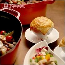 【王様のビュッフェ冬】パイ包み焼き※イメージ