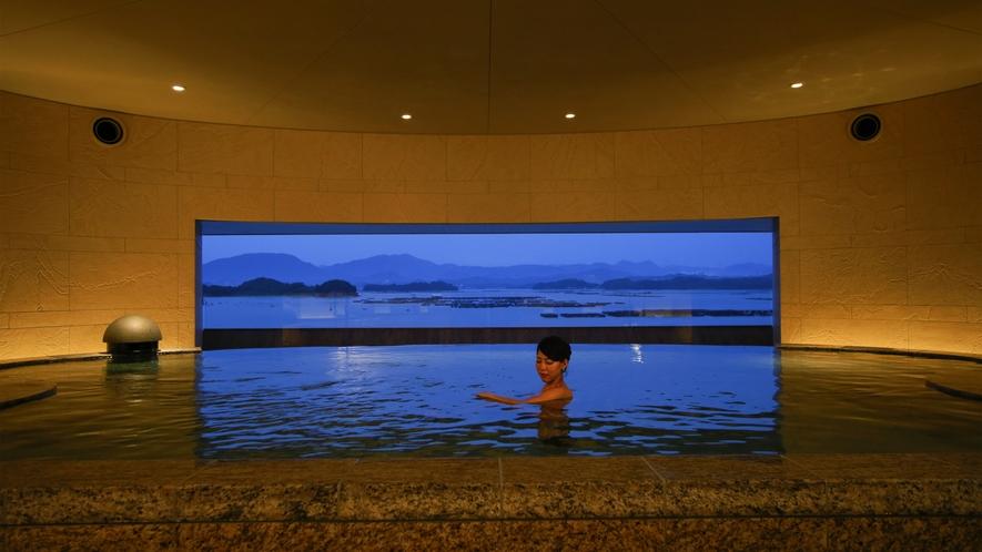 温泉サロン「ROYAL SPA」_城主の露天風呂