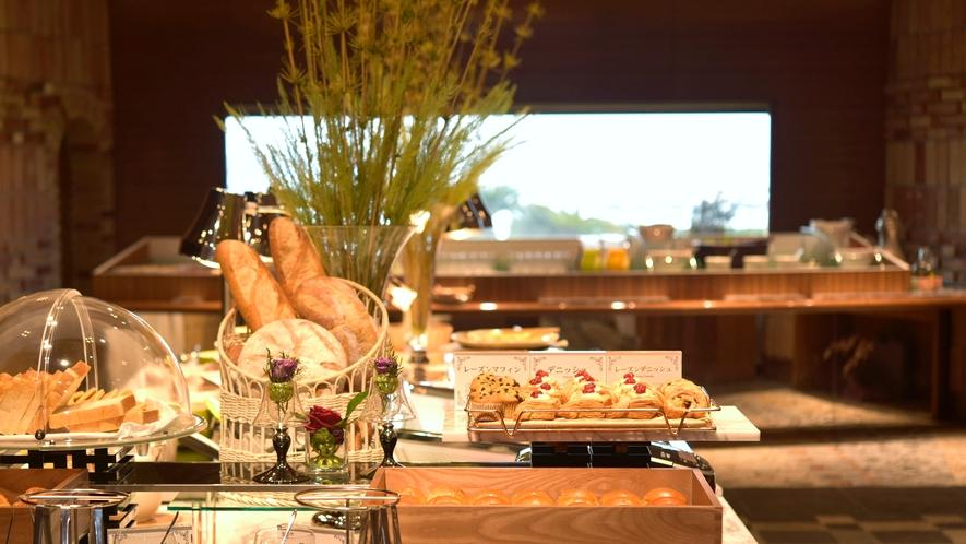 【朝食ビュッフェ】和歌山の旬の厳選素材を使った自慢の朝食をお楽しみください※イメージ