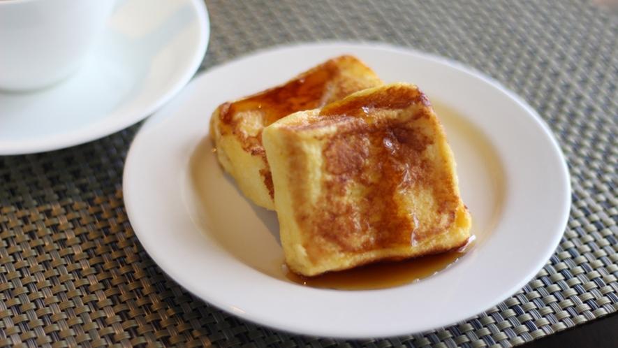 【朝食ビュッフェ】一番人気★しっとり柔らかな豆乳入りフレンチトースト。