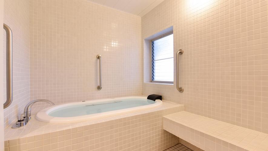 *【お風呂:家族風呂】お体が不自由な方でも安心してご利用いただけます。(※当日予約制)
