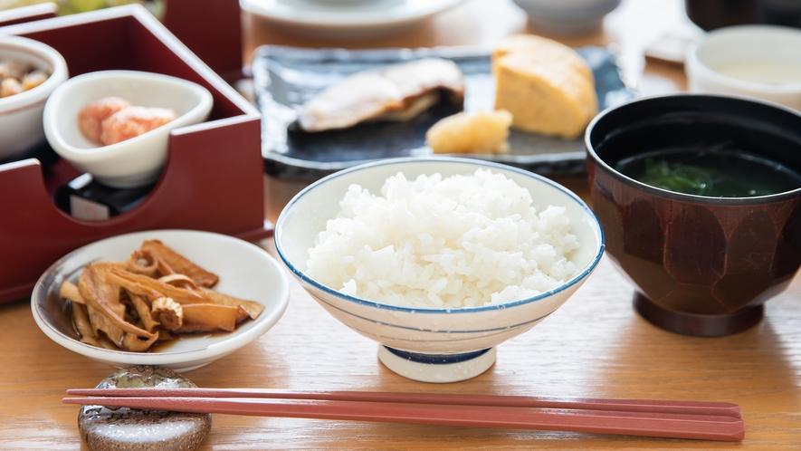 *【朝食一例】一日のスタートは和定食で!