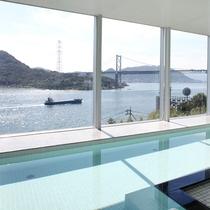 展望風呂「周防(すおう)」関門海峡を眺めながらゆっくりと入浴が楽しめる♪