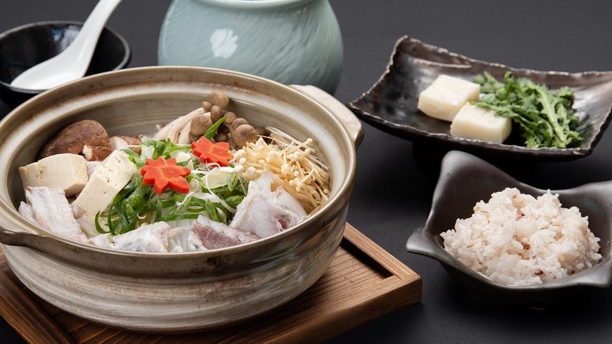 *【夕食一例:ふくフルコース】寒~い冬は温かいお鍋で決まり!