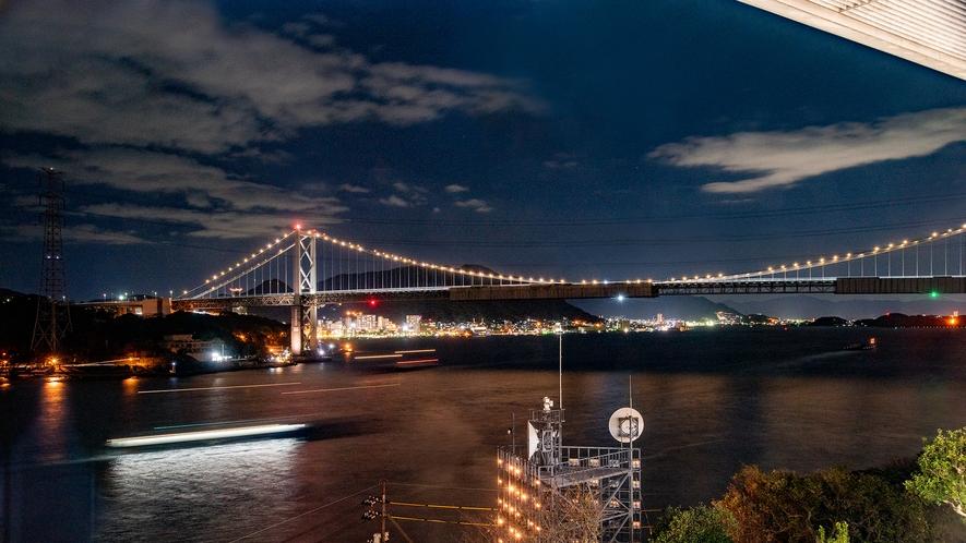 *【夜景】全長1,068m、東洋有数の規模の吊橋です。