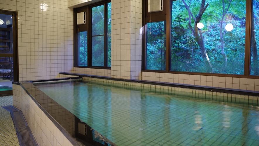 *【お風呂】大浴場が男女1ヵ所ずつございます。ゆっくり疲れを癒してください。
