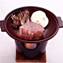 *【お料理一例】当館では、この地の2大ブランド牛である「皆瀬牛」と「三梨牛」をご用意出来ます!