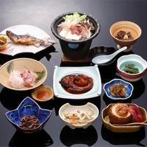 *【お料理一例】基本のお食事は、自家栽培や手作りの食材中心の郷土料理。