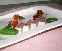 オードブルお肉 テリーヌ ドゥ カンパーニュ