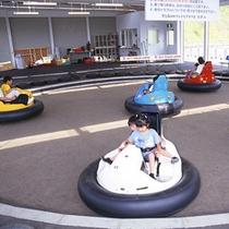 *【トリッピングカー】小さなお子様に人気!うまく操作して、スイスイ走ろう!