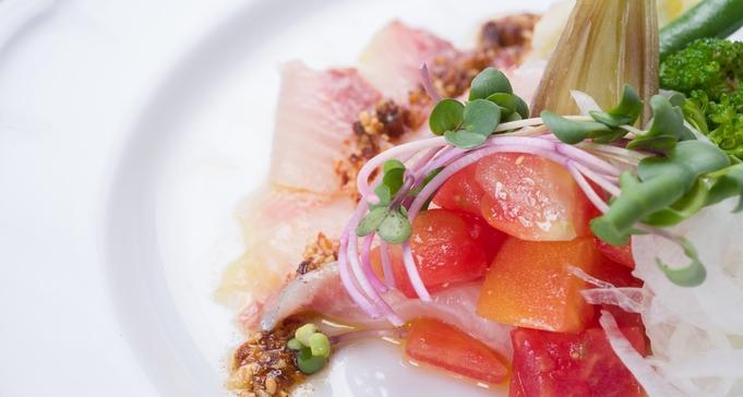 【お食事グレードアップ】地元新鮮素材やお魚お肉もたっぷり堪能!メイン2品イタリアンフルコース