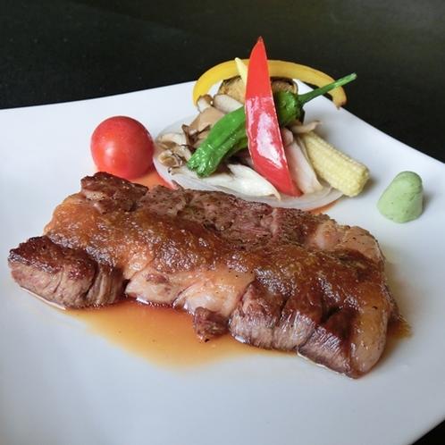 信州プレミアム牛のステーキ付きのプランもご用意しております