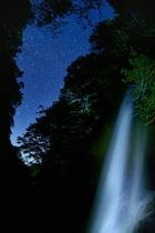 雷滝と星夜