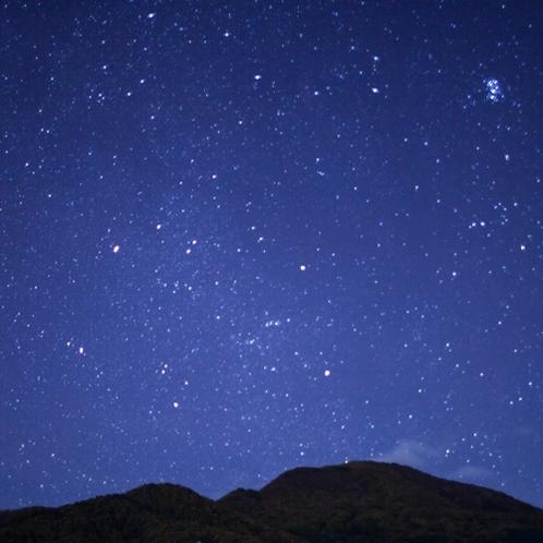 天気がいい夜、見上げれば満天の星空がお愉しみいただけます