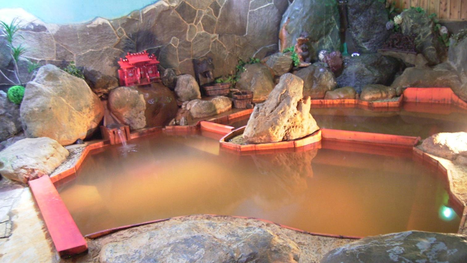 *内風呂(一例)内風呂温泉もこだわりの手作り。通年お入り頂けます!