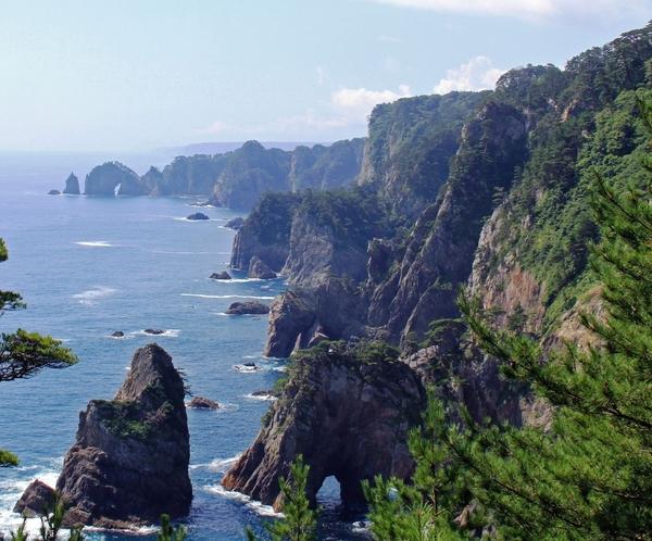 まさに息を呑む海のアルプス 『北山崎』