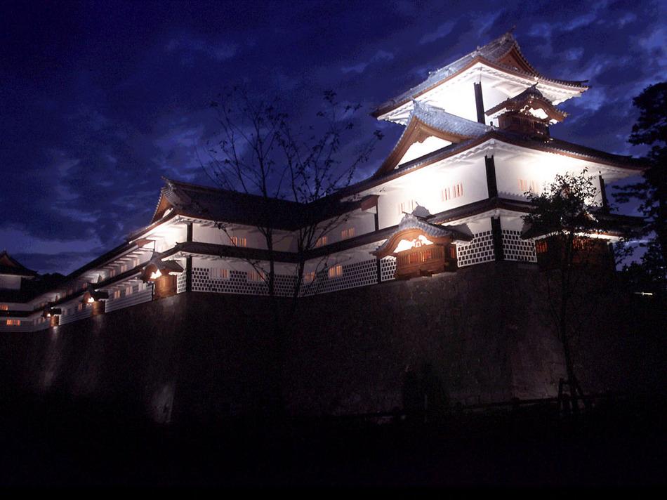 ■観光:金沢城・ライトアップ