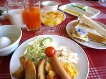 ■朝食:ライトミールメニューも充実
