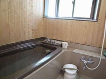 39. いつでも入浴可能な循環式のお風呂【〜4名様:しゃくなげ16号館】